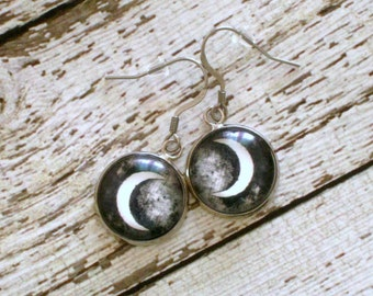 Crescent Moon Earrings : Black Glass Jewelry Pair
