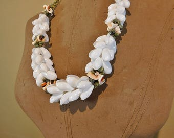 Vintage Hawaiian seashell flower lei necklace, mermaid necklace