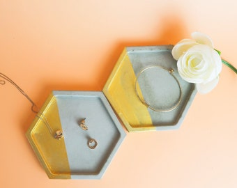 Set of 2 concrete hexagon tablets for jewelry, concrete coaster, ring Cup, candle plate-grey & Gold