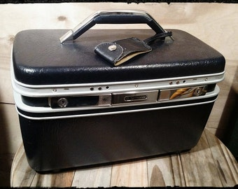 Vintage Samsonite Silhouette  Dark Blue Train Case/Overnight Makeup Case/Samsonite Luggage with Makeup Mirror/Storage Box/Cosmetic Case/F815