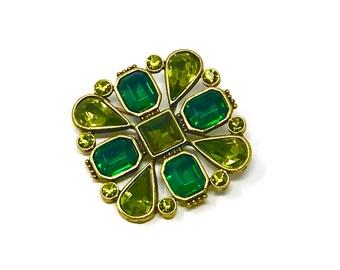 1970's Vintage Emerald Green Fashion Pin / Brooch.