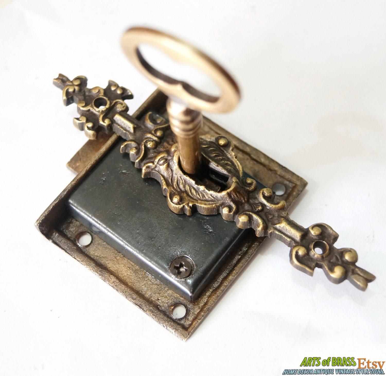 🔎zoom - Set Vintage Key Lock And SKELETON Key With LION MOUTH Antique