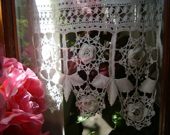 Lace for crochet tent with leaves and roses of Ireland. Crochet Romantic House. White cotton lace. Shabby chic. To order.
