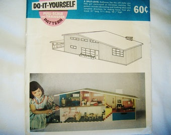 Uncut vintage 1955 BETSY McCALL DOLLHOUSE PATTERN No. 150W • factory folded • Mid- Century house • Plans, Instructions & Accessory Sheet