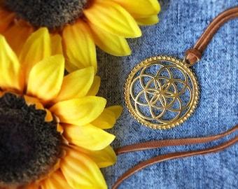 Collier graine de vie, bijoux Bohème, collier Bohème, bijoux gypsy, bijoux en cuir, collier spirituel, collier d'été