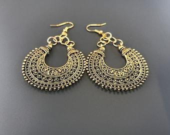 Antique gold chandelier drop earrings