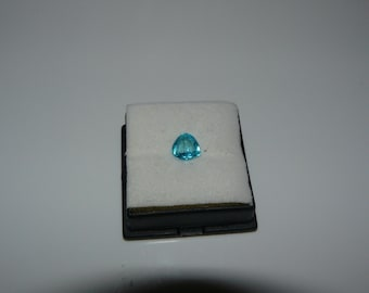 1.42ct   Neon Blue Paraiba (copper bearing) Tourmaline, Old Stock