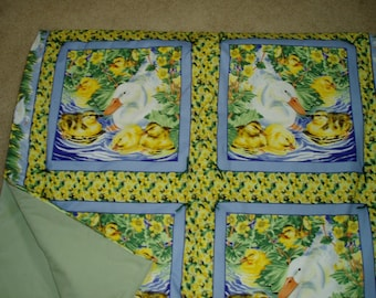 Cute Ducky Throw Quilt\/Blanket