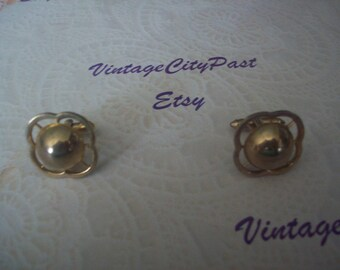 Vintage Mans or Woman's Gold Cuff Links, Mens Shirt Cuff Links, Mens Accessories