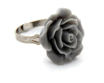 Large Gray Rose Adjustable Ring - Pinup, Rockabilly, Retro