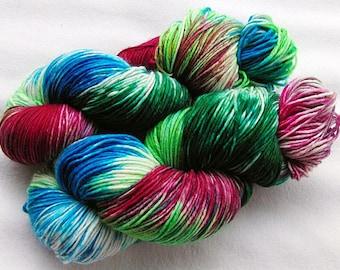 Handpainted  DK Sock Yarn, 75 Wool , 25 Nylon 200g 7.0 oz.  Nr. 157