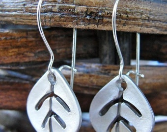 Silver Dainty Leaf Earrings - small, lightweight, organic, gift, daughter, mother, wife, sister, birthday