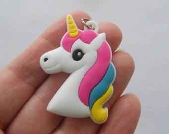 2 Unicorn pendants rubber A747