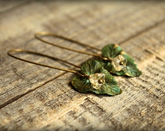 Verdigris Ivy Leaf & Czech Bellflower Earrings in Vanilla