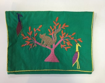 Handmade ethical embroidered Kindle Case - animal Malagasy design