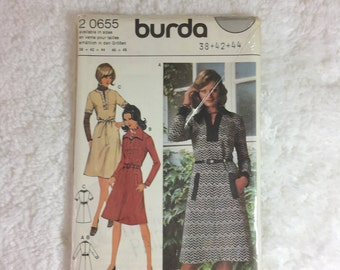 Burda 2 0655 Vintage Sewing Pattern Ladies' Dress Size 38-44 / sewing pattern in 4 languages: English, French, Dutch and Danish / misses'