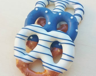 Blue and white Chocolate Dipped Pretzels (12)