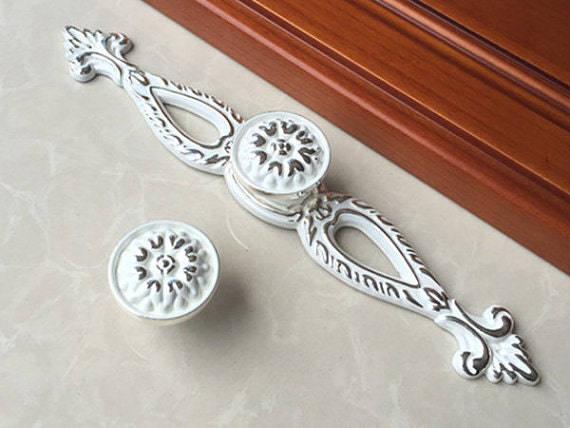 Shabby Chic Drawer Knobs Pulls Handles Dresser Knobs Handles Cabinet Door  Knobs Pulls Back Plate White Silver Decorative Furniture Knob Pull From ...