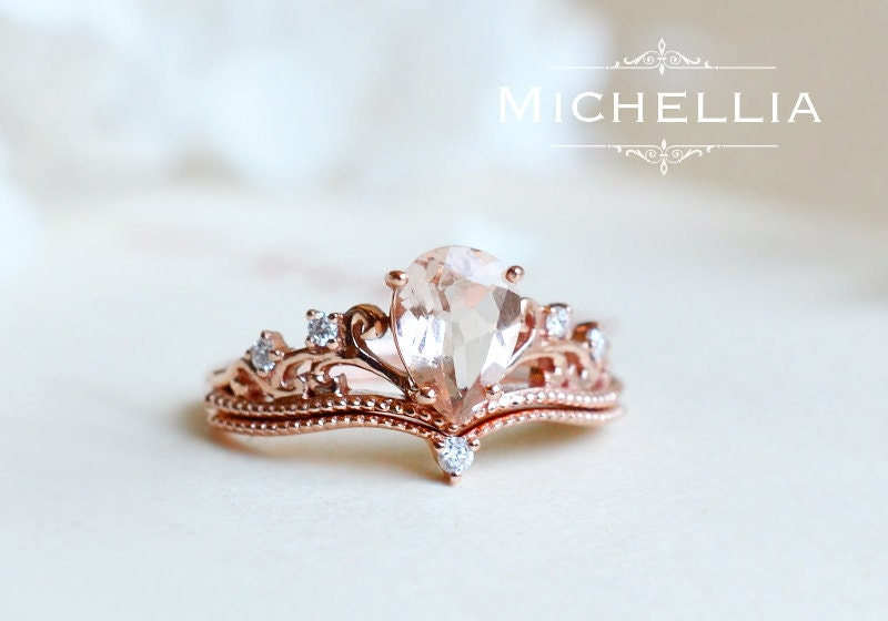 Vintage Pear Crown Ring in Morganite Morganite Pear