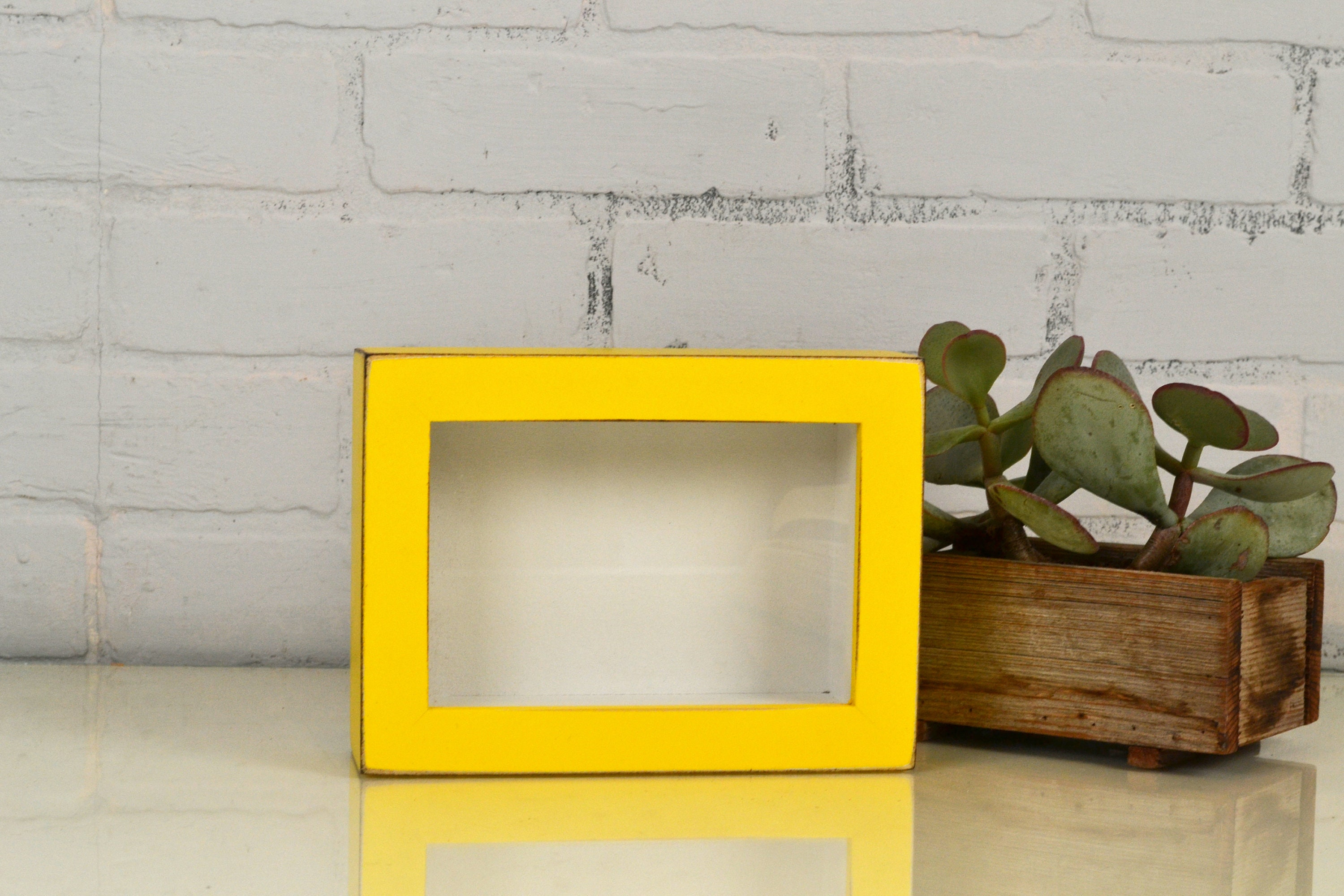 Small Shadow Box Frame - Holds up to 4 x 6 x 1.25 Deep - Vintage ...