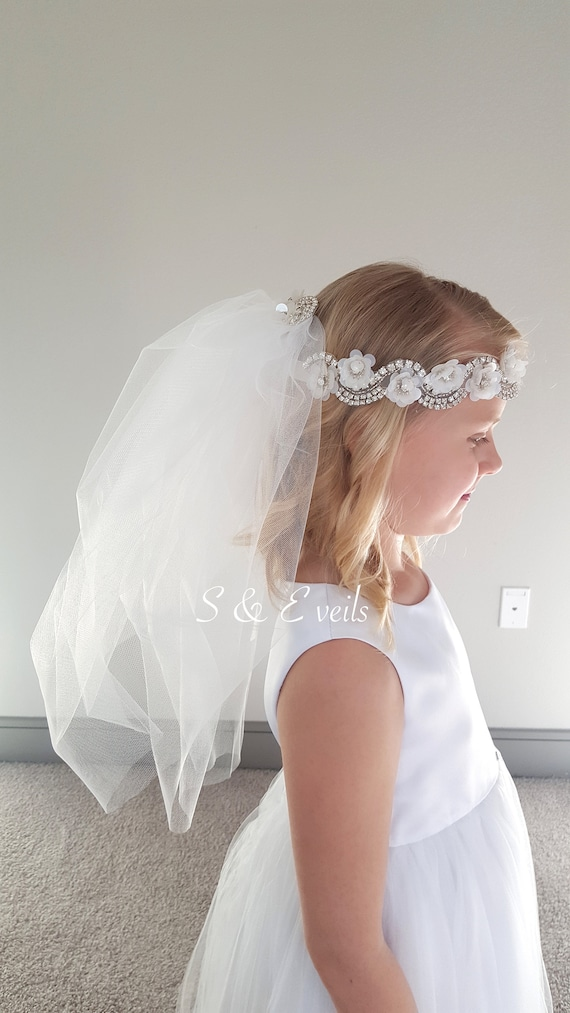 Communion Veil, First Communion Veil, Confirmation Veil, Holy Communion Veil, Baptism Veil, Quality Veil, White color, Flower girl veil,