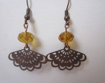 Earrings copper fan and beads topaz