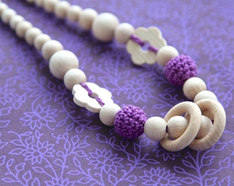 Purple flower nursing rings necklace. Girls crochet necklace. Mammy and baby teething necklace.