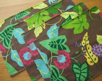 Placemat Set of 4 Mod Woodland Floral Placemats