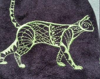 L421. Coin purse with tuxedo cat design