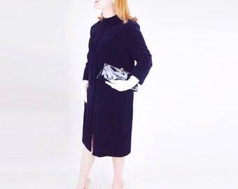 60s Black Velvet Coat with Removable Collar M