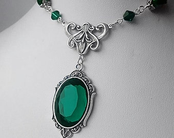 Small Faylin Forest Elf Inspired Pendant Necklace (Emerald)