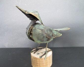 Blackbird, made of packaging material