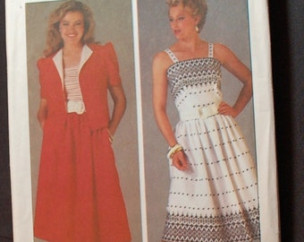 LAST CHANCE SALE - Simplicity 6826 - Ladies Dress Pattern for Sizes 10, 12 and 14 - Uncut