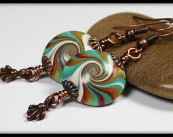 Treasure Isle... Handgemachter Schmuck Ohrringe Perlen Polymer Clay Teal Türkis Aqua grün Bronze Antik Kupfer Wirbel Spirale Lightweight