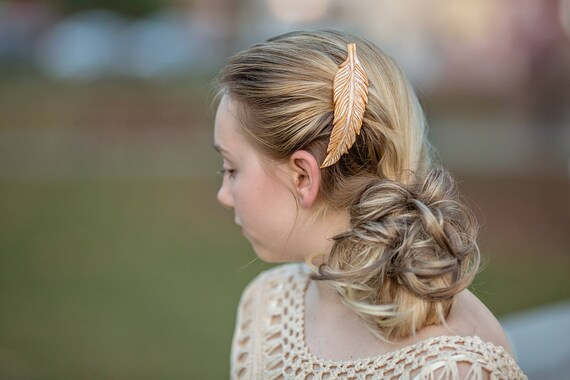 Ivory Feather Hair Barrette