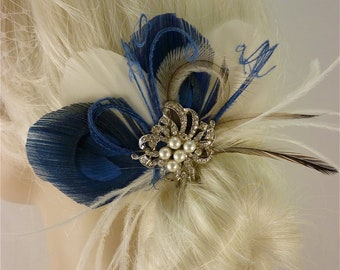 Bridal Feather Fascinator with Brooch, Bridal Fascinator, Wedding Hair Accessories, Fascinator, Hair Clip, Bridal Veil, Ivory and Blue