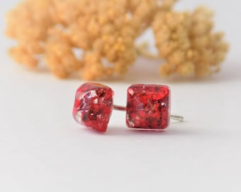 Tiny Real Flower Earrings, Red, Floral Jewelery, Jewelry, Jewellery, Nature, Blooms, Pressed Flower Jewelry, Flowers, Hippie Jewelry, boho