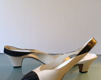 Made in Italy Cream & Black Captoe Spectator Pumps Size 10M US