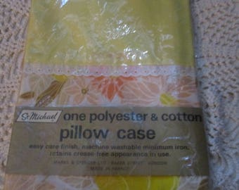 St Michael Vintage Pillow Case - One Polysester and Cotton Pillow Case - Yellow  (1970s)
