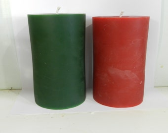 """Pure Beeswax Pillar Candle 3"""" x 5"""" in red or green"""