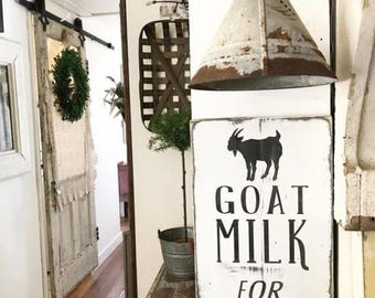 Goat Milk Sign //Reclaimed Wood // Wooden Sign // Wooden Signs // Farmhouse Syle // Modern Farm House // Cottage // Farmhouse decor