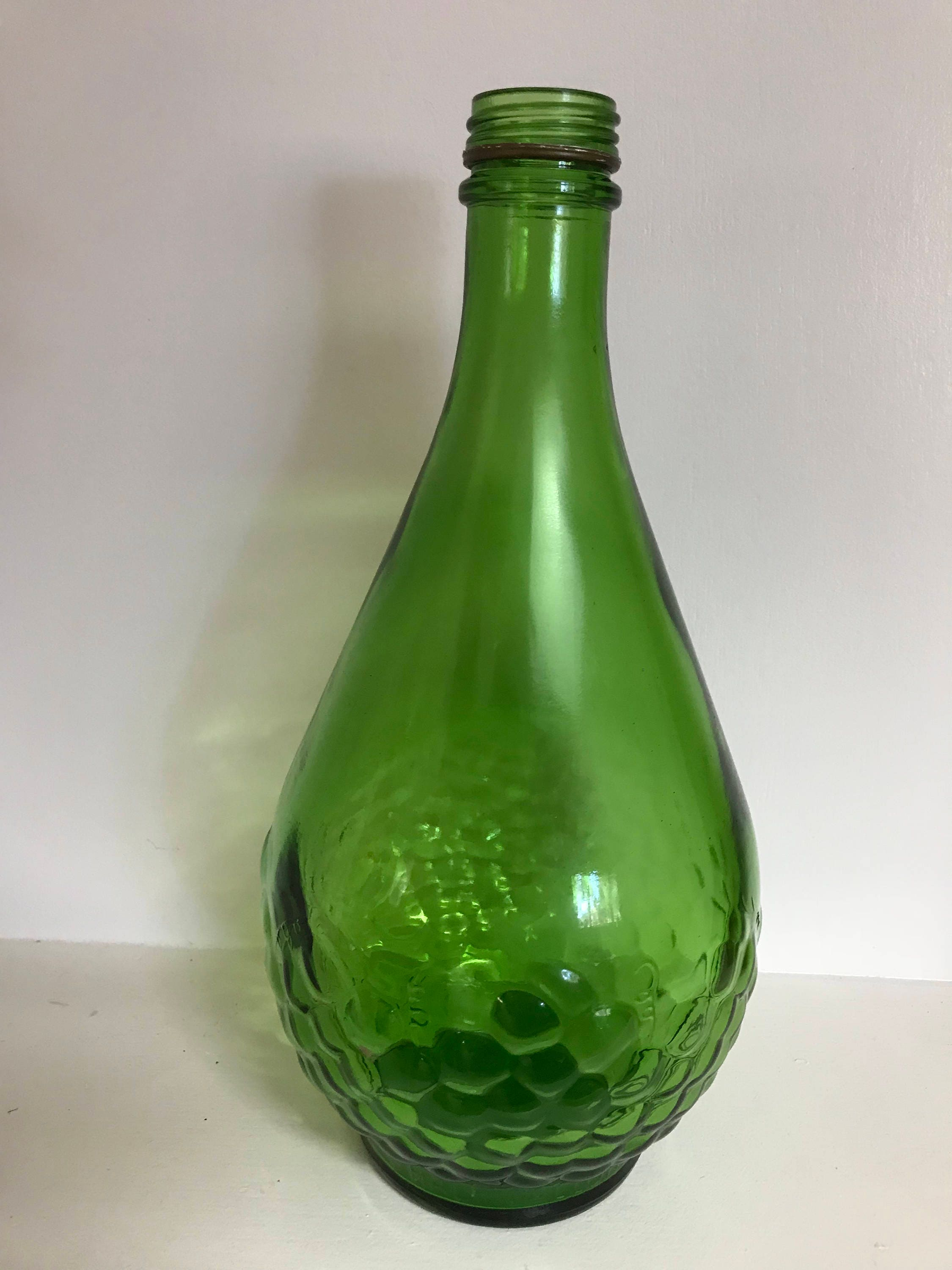 Vintage green glass wine bottle with embossed grapes description vintage green wine bottle reviewsmspy