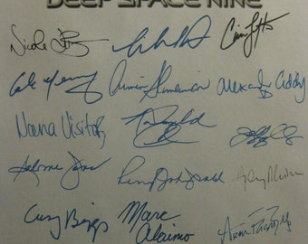 Star Trek Deep Space Nine Finale Signed TV Script Screenplay Autograph X24 Gene Roddenberry Avery Brooks Colm Meaney Rene Auberjonois Dorn