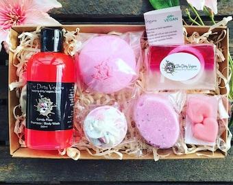 Vegan gift basket etsy vegan gift hamper luxury handmade spa treats bath bomb sugar scrub vegan negle Images