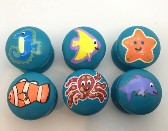 Ocean Fish Hand Painted Drawer Knobs Set of 6, 3 Sizes Available 30mm, 40mm, 53mm Dolphin, Seahorse, Clown Fish, Starfish, Angel Fish