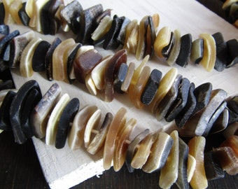horn stick nugget beads , black beige yellow white , freeform beads irregular natural rustic look 2 to 6mm  x 12 to 24mm (45 beads ) 7BB10