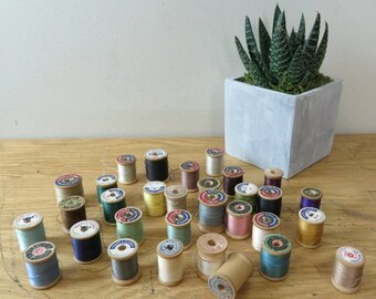 Lot of 31 Small Wood Spools - As Is - Sewing Thread Spools