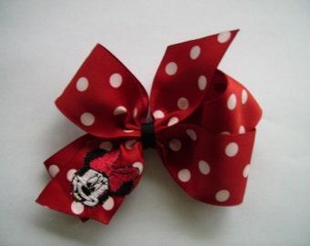 Custom Monogrammed... Mrs. Mouse Hair bow... Gorgeous