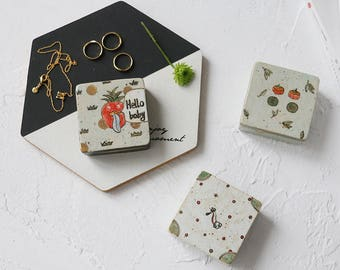 Square Jewel Boxes, made of white ceramic, handmade and hand painted by Potter Juan