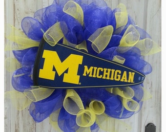 University of Michigan Wreath, U of M Wreath, Wolverines Fan Wreath, Michigan Wreath, Mesh Wreath, Sports Wreath